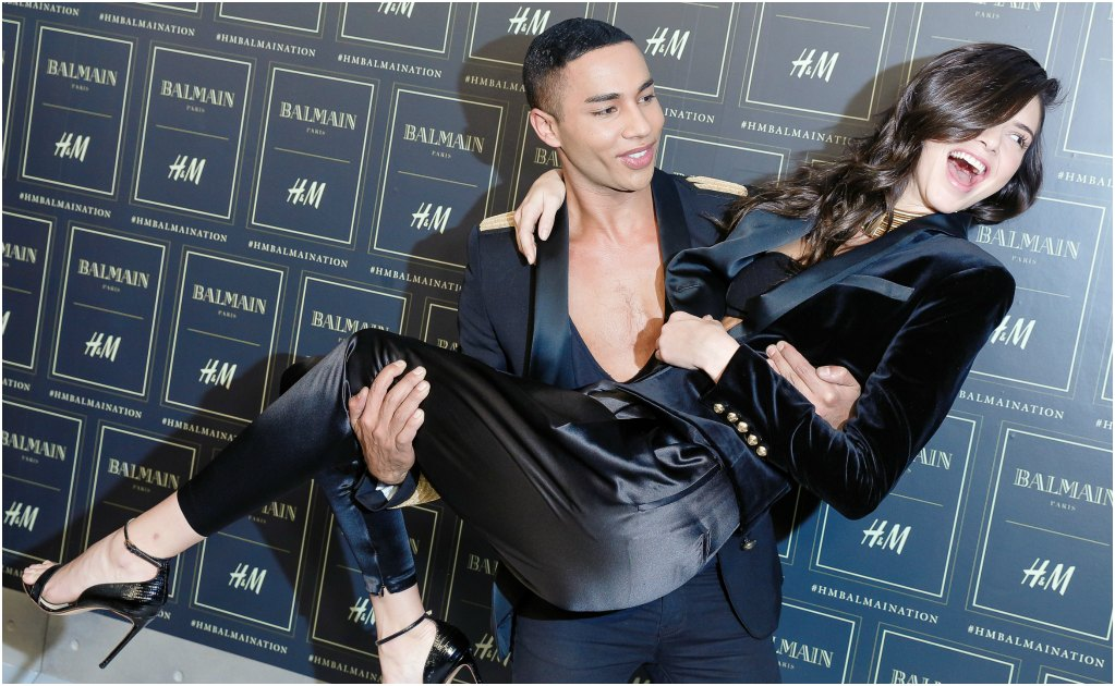 El creativo Olivier Rousteing cargó a la modelo Kendall Jenner