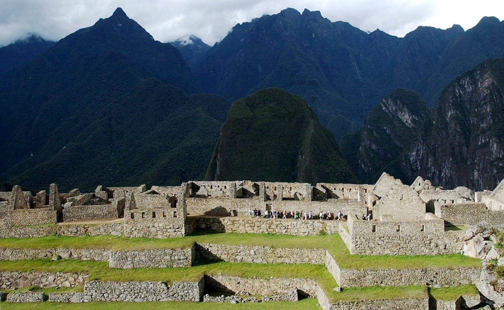 the archaeological findings of machu picchu essay Rising from obscurity to the heights of power, a succession of andean rulers subdued kingdoms, sculpted mountains, and forged a mighty empire.