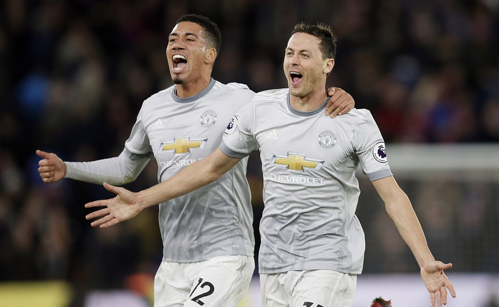 Manchester United remonta y vence al Crystal Palace