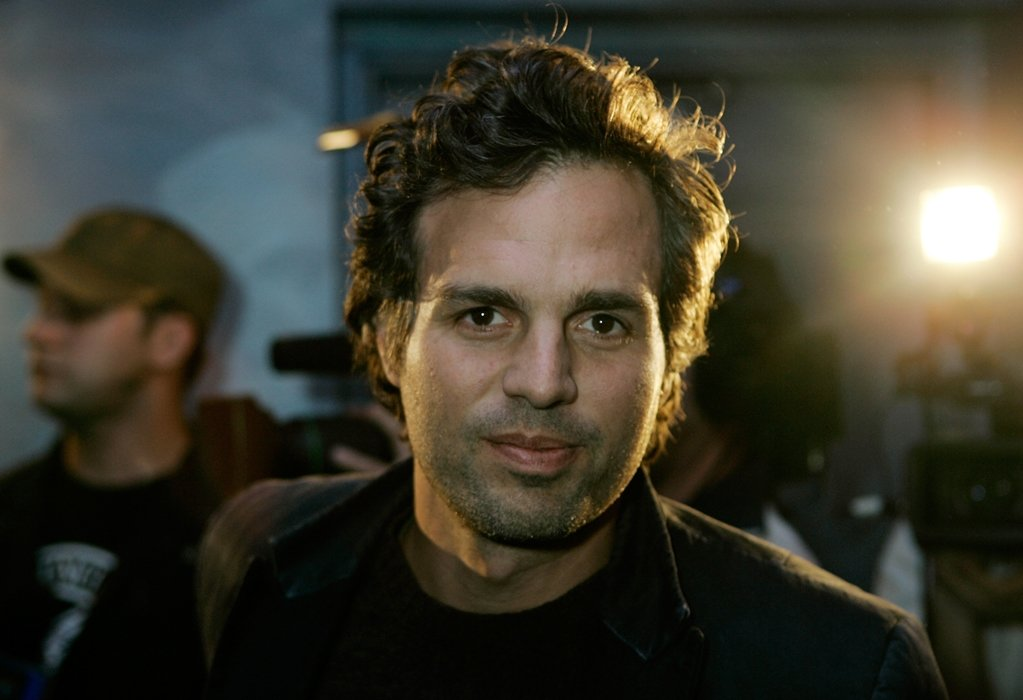 Mark Ruffalo to promote 'Avengers: Infinity War' in Mexico!