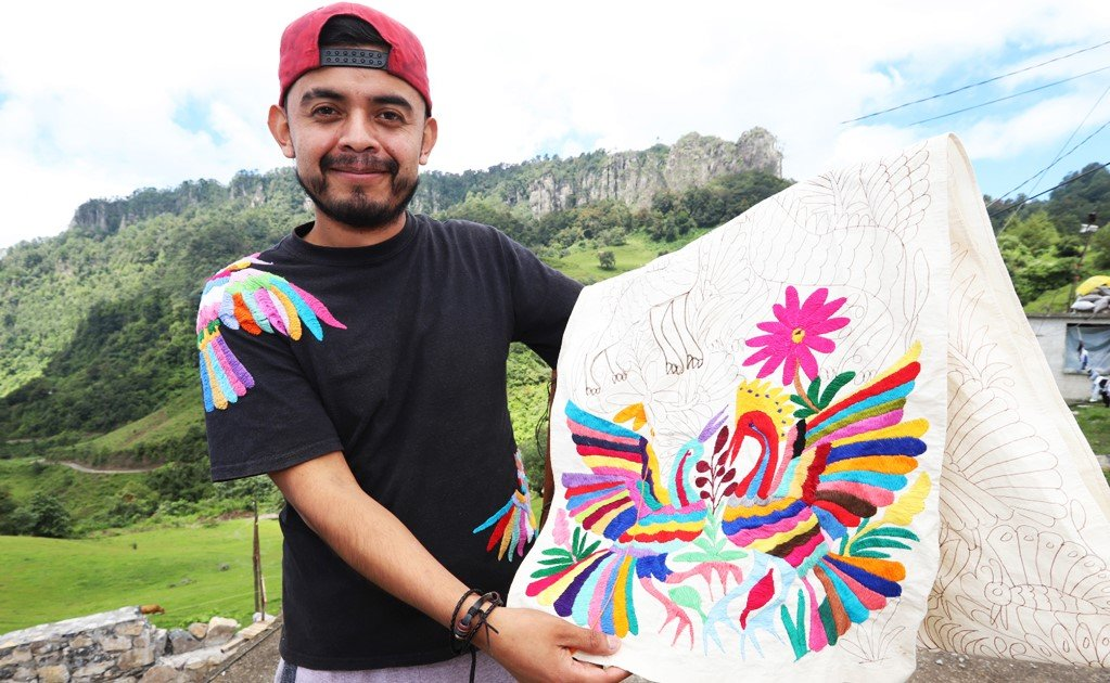 In Mexico, men embroider too