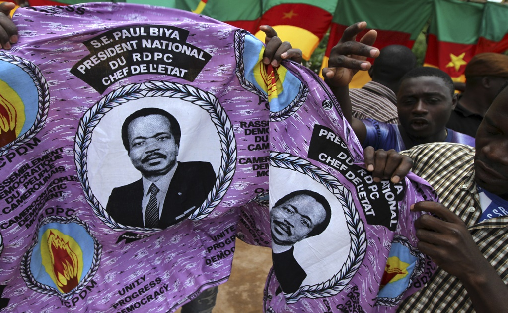 Cameroonians displaced by a separatist insurgency ahead of elections