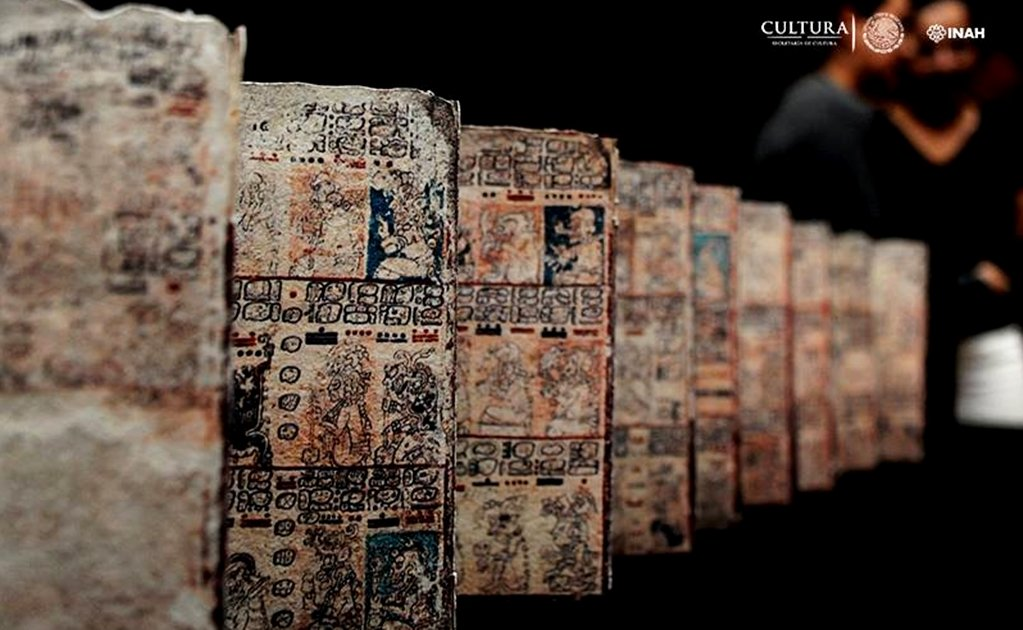 INAH presents Grolier Codex in Mexico City