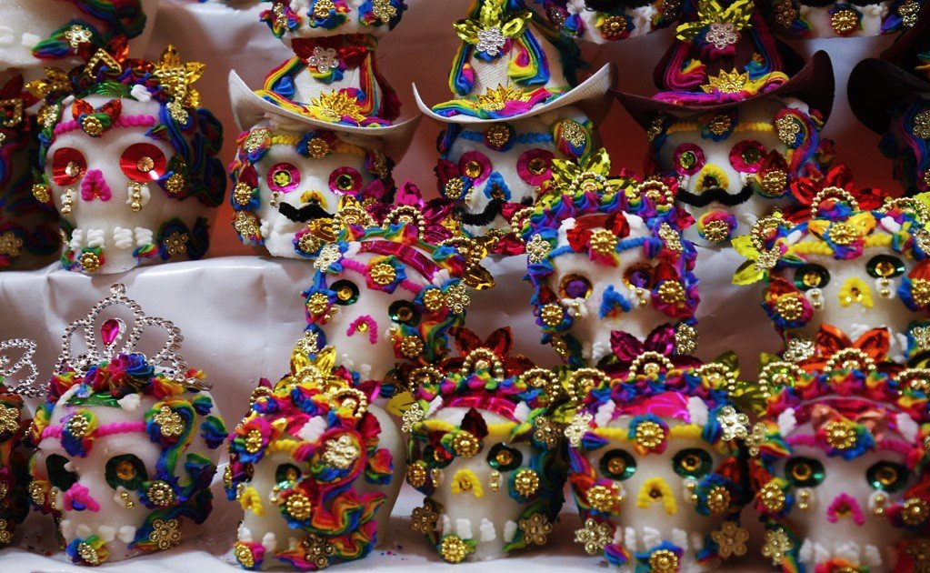 Celebrating the Day of the Dead in museums and archeological sites