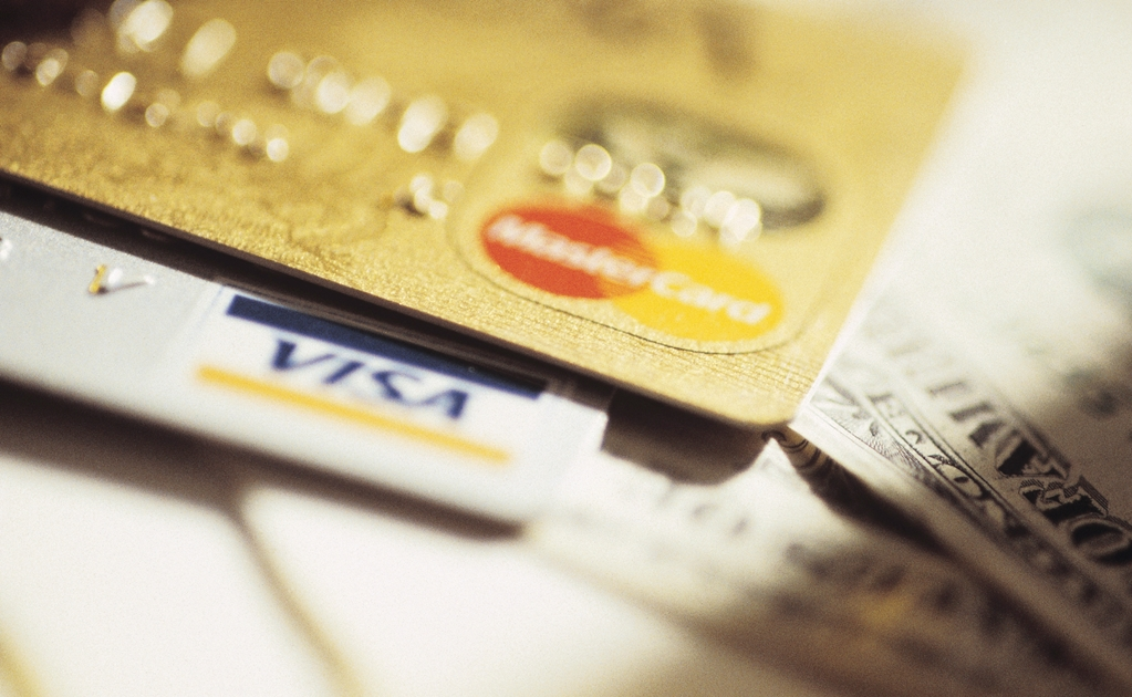 Credit cards: Mexicans' favorite source of finance
