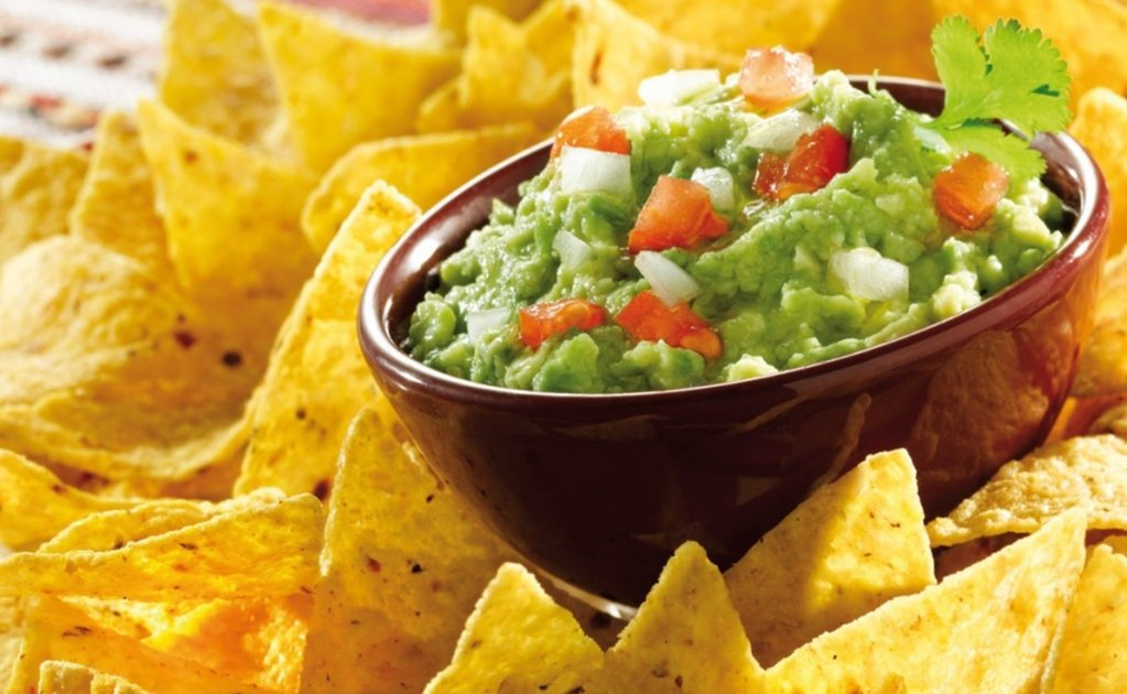 Super Bowl guacamole threatened by Mexican fuel shortage