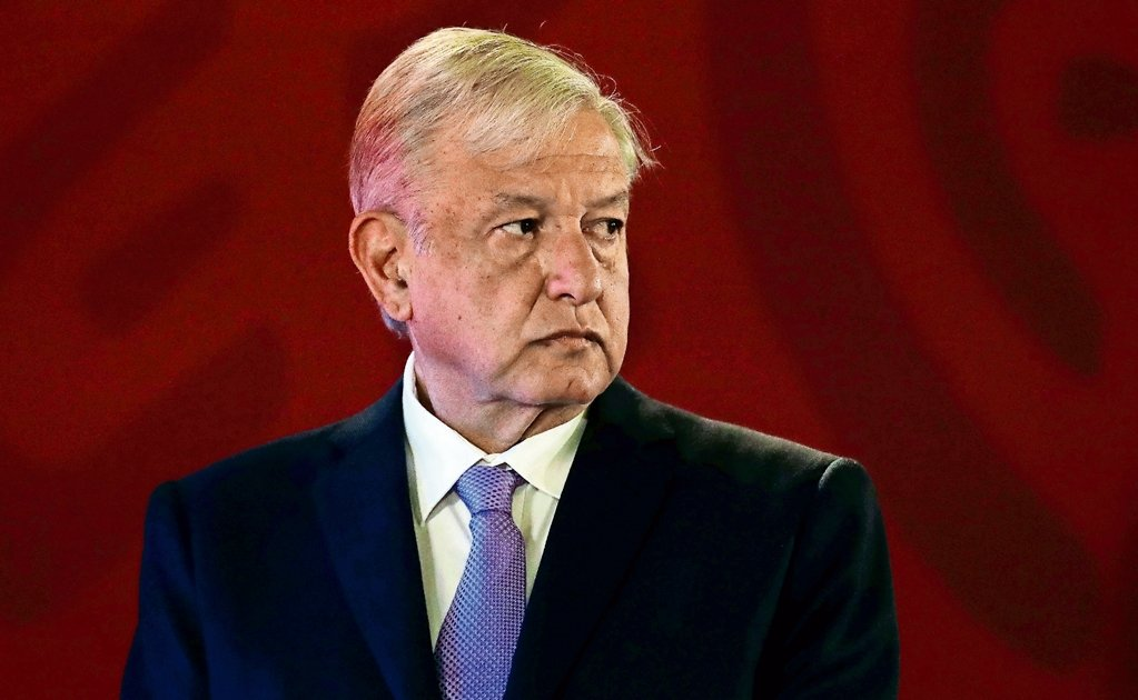 Mexican president seeks investigation of losses at Pemex plants