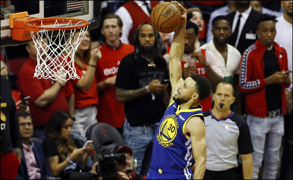 La imperdonable falla de Stephen Curry en la derrota de los Warriors