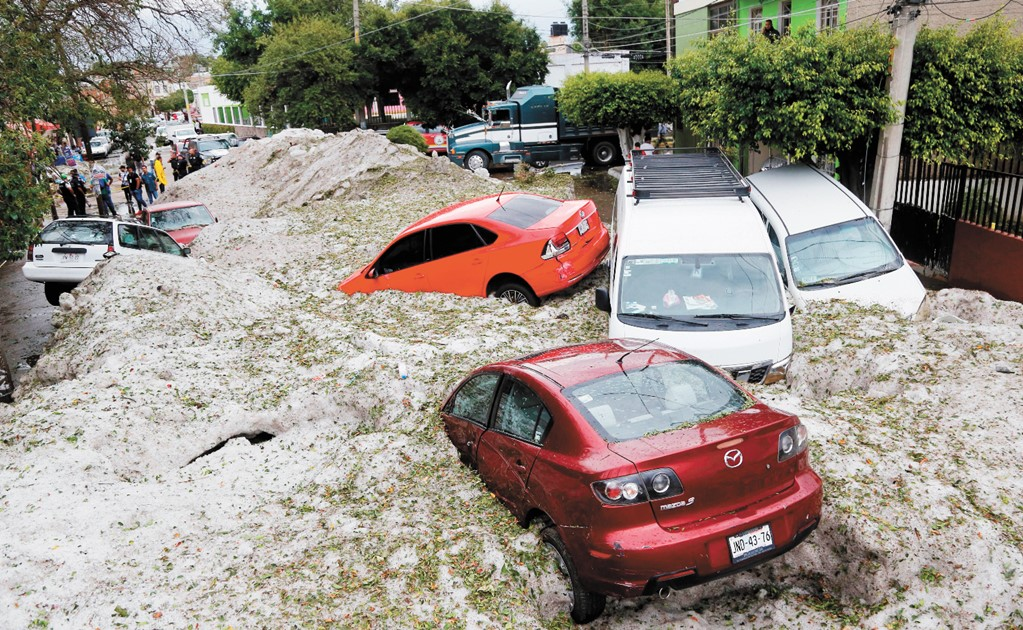 Hailstorms strikes Mexico