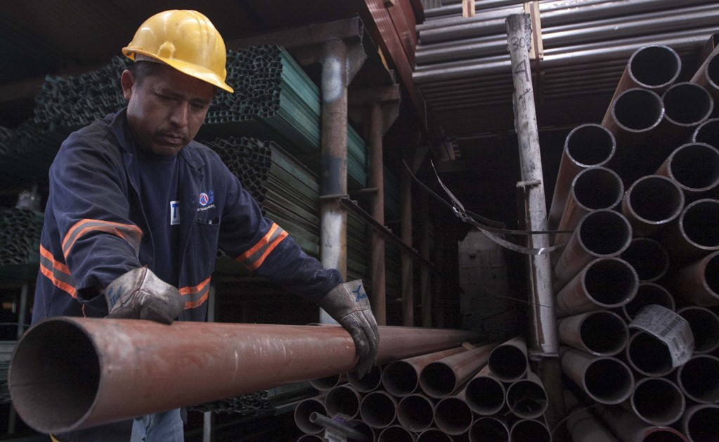 The U.S. imposes preliminary tariffs on Mexican steel