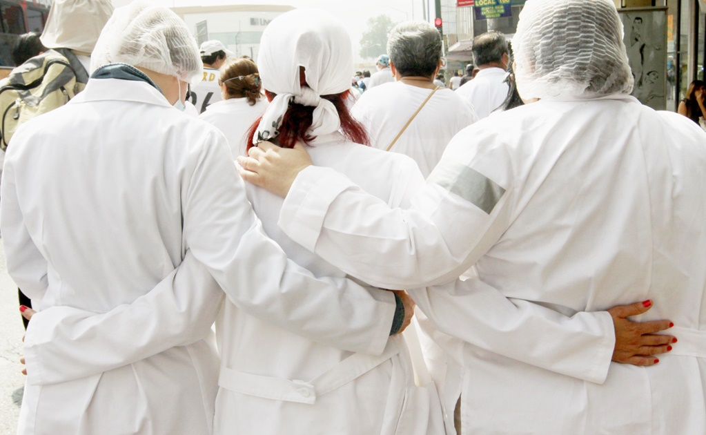 Medical interns to national strike in Mexico