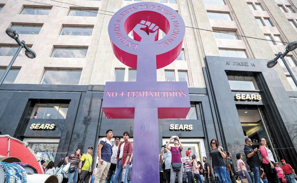 Sex crimes and femicide force Mexican women to take the streets
