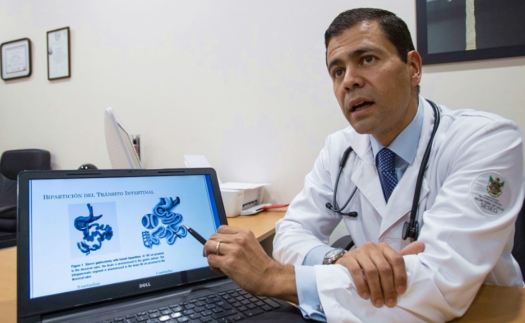 Mexican doctor fights diabetes with low-cost surgery