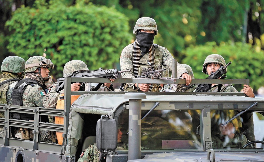What do people think about the Mexican army?