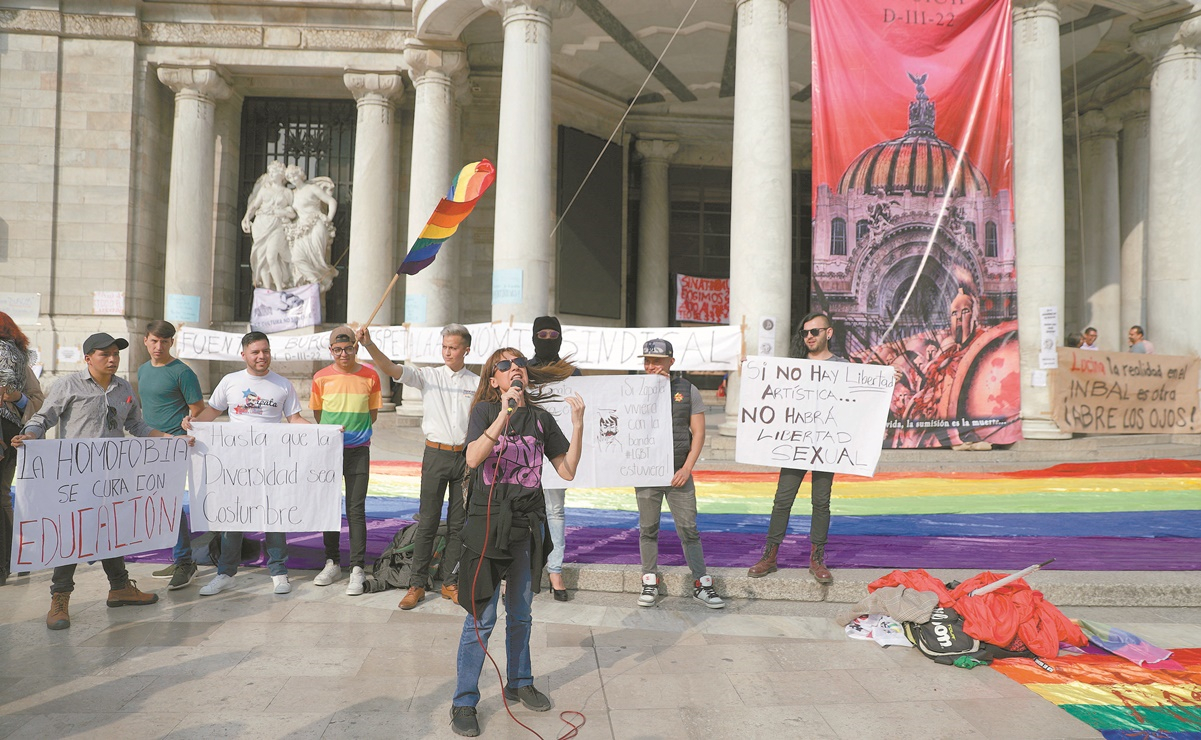 Protesta en Bellas Artes