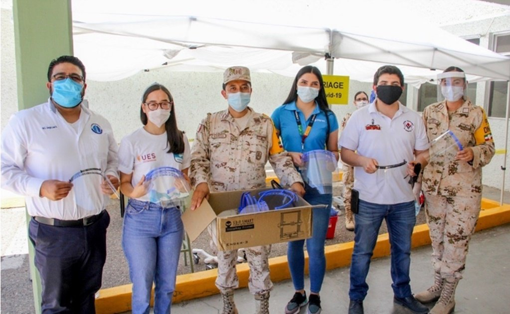 COVID-19: Mexican students make face shields for the coronavirus pandemic