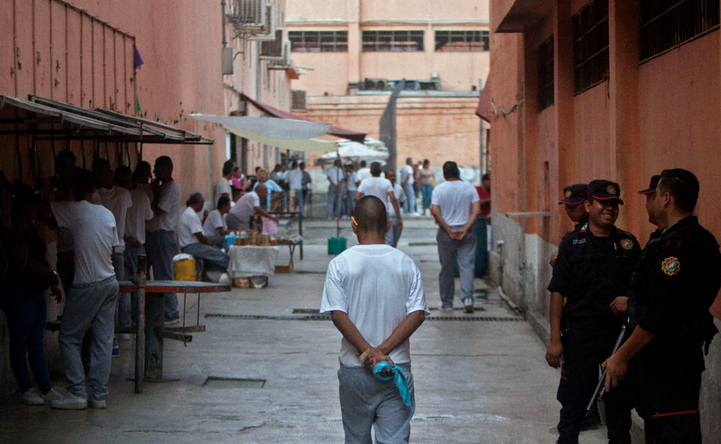 Six inmates are sentenced to 1,200 years in prison in Mexico