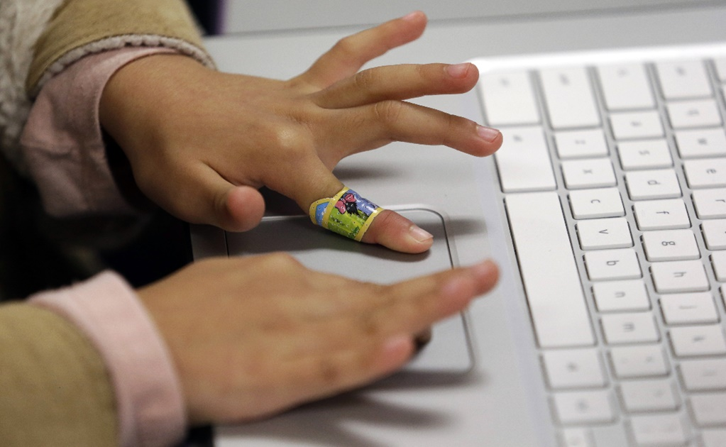 Technology gap leads Mexico to challenging scenario regarding distance learning