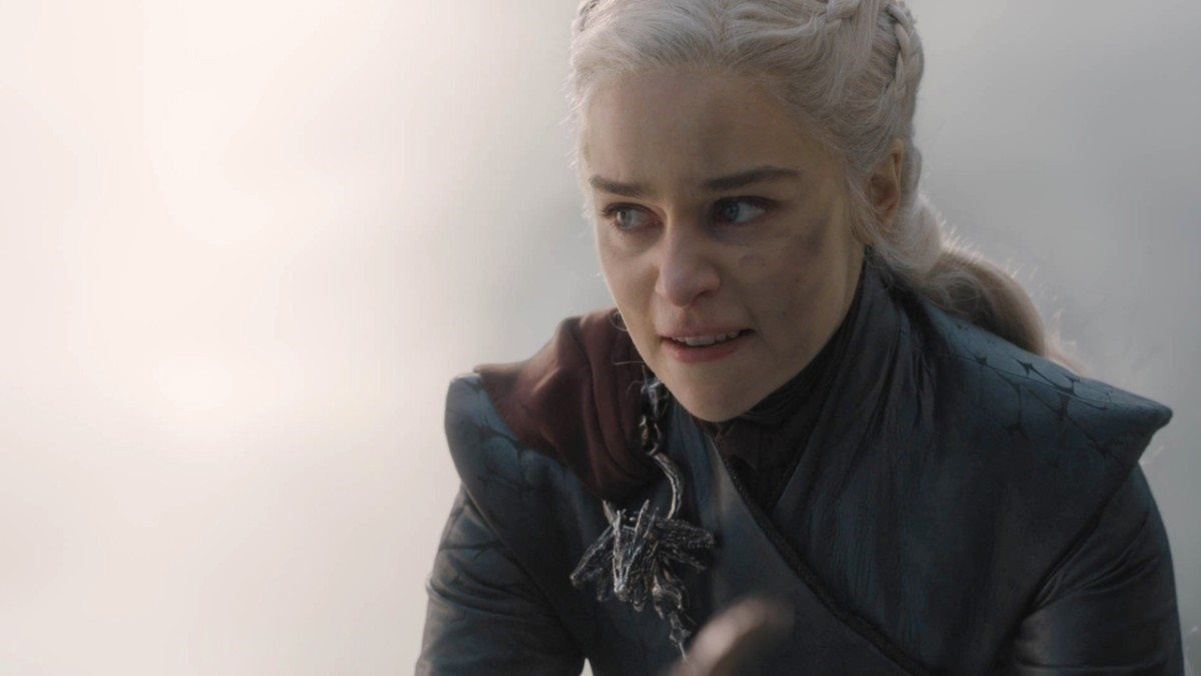 "Emilia Clarke denuncia machismo en el set de ""Game of Thrones"""