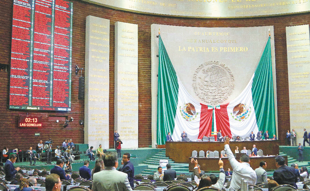 Mexican politicians sell themselves to the highest bidder