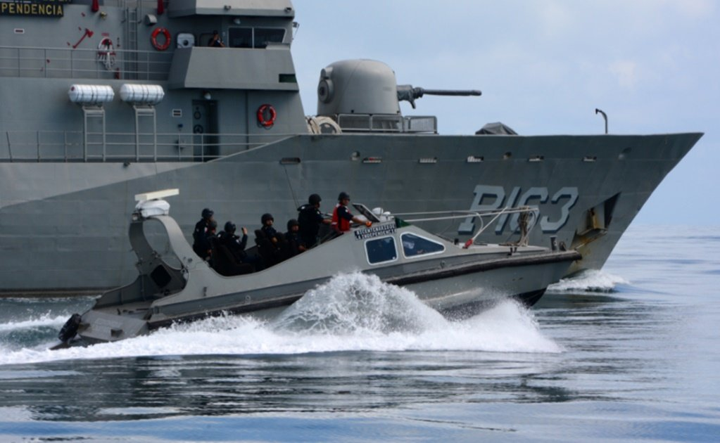 Mexican Navy intercepts boat with 3 tons of cocaine off Quintana Roo coast