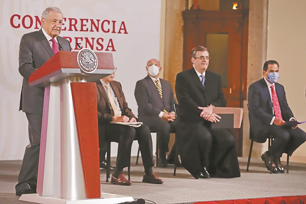 Desaparece outsourcing del gobierno federal: AMLO