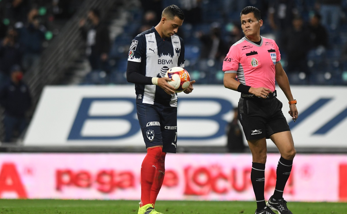 ¿Fox Sports engaña a sus televidentes en el Rayados vs Pachuca?