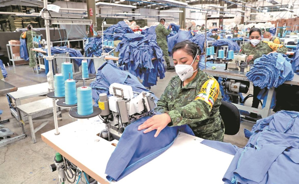 Mexico's Army is producing thousands of scrubs for frontline healthcare workers