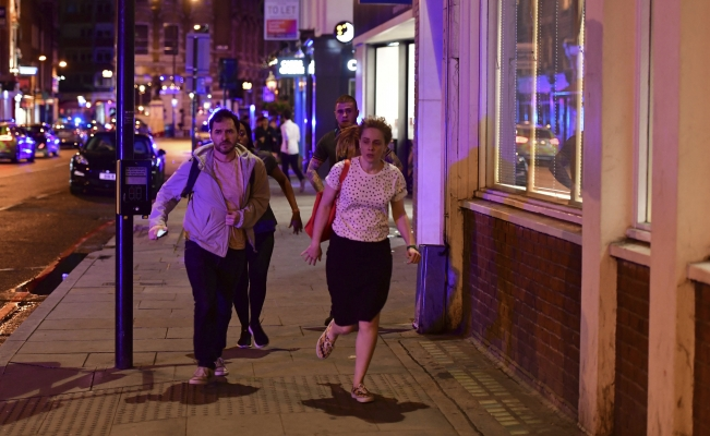 Tensión en Londres por incidentes, temen sea terrorismo