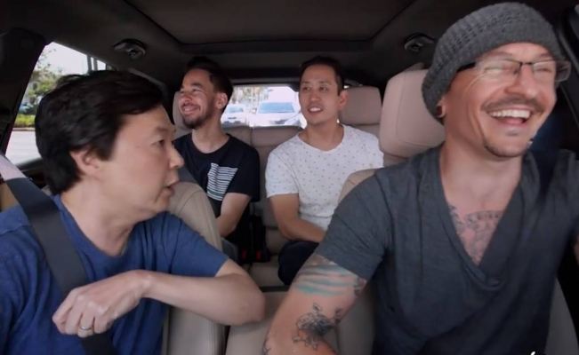 [VIDEO] Este es el Carpool Karaoke de Chester Bennington antes de suicidarse
