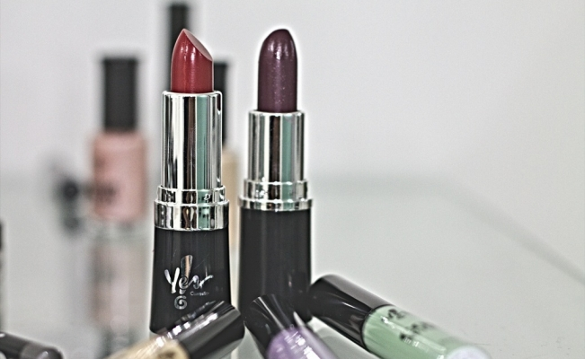 Labiales oscuros
