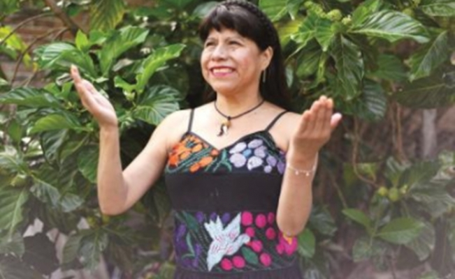 Meet Yolanda Matías, the blind poetess