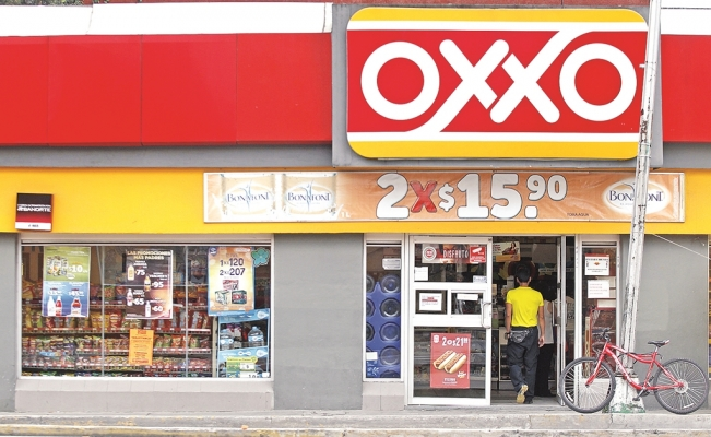 Oxxo gets ready for contactless payments