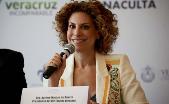 Interpol issues a red notice for the wife of former Veracruz Governor