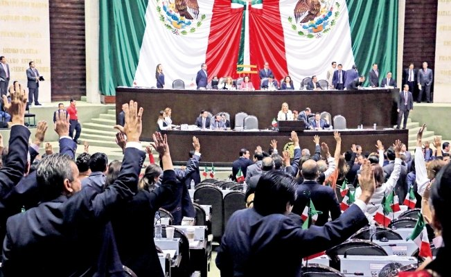 Mexican Congress spends MXN$4.6 million on advisers