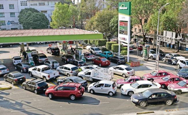 Fuel shortage in Mexico puts industries at risk