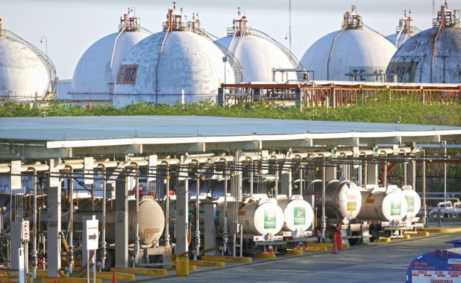 S&P predicts improvement in Mexico's oil and gas market
