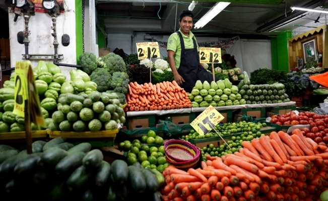 Mexican government adds 17 products to basic food basket