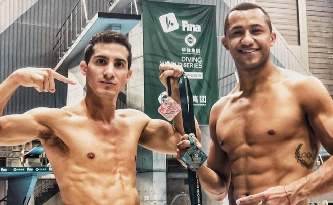Mexicans win silver at FINA Diving World Series in Japan