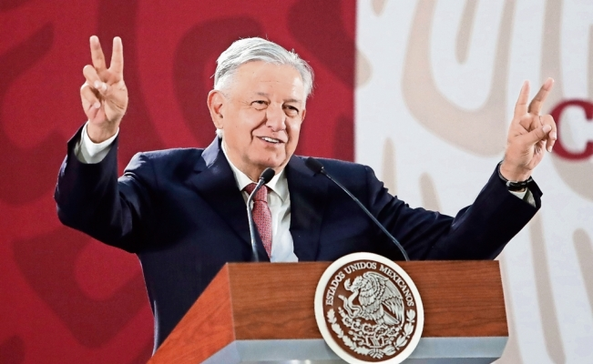 Mexico's lower house passes measure to cut short presidential term