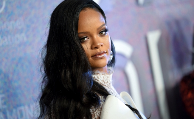 LVMH and Rihanna, the Maison Fenty to make your new brand-luxury