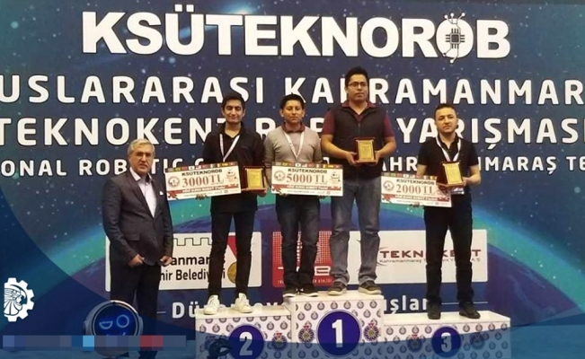 Mexican students win gold at robotics tournament in Turkey
