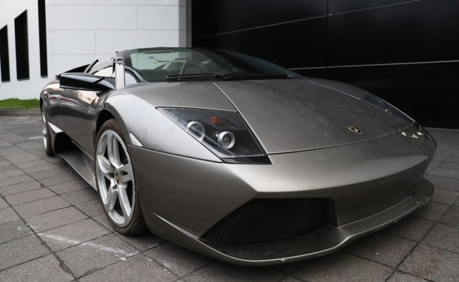 Mexico auctions Lamborghini and other luxury cars to help poor communities