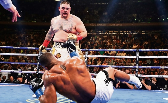 Andy Ruiz becomes the first Mexican heavyweight champion