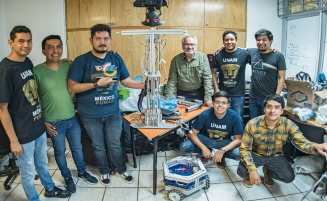 "Mexican students succeed in RoboCup 2019 with robot ""Justina"""
