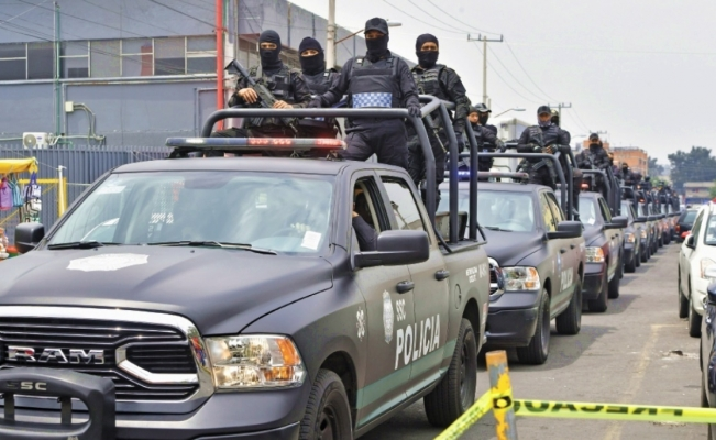 Violence between drug cartels moves from the streets to Mexico City's prison