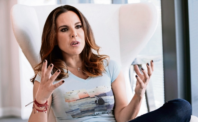 Kate Del Castillo reports conflict of interest in case against Mexican government