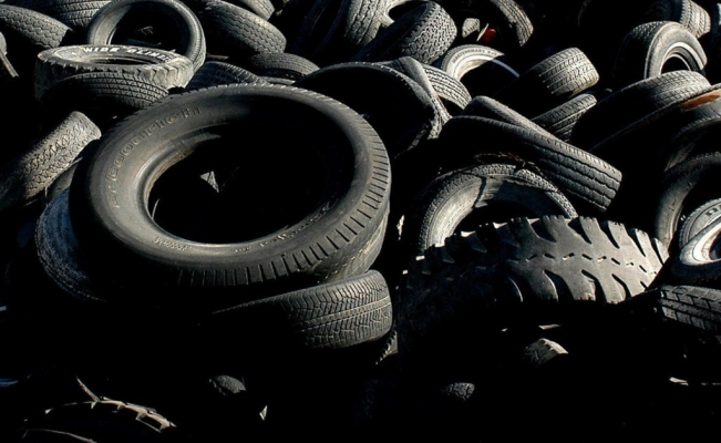 Mexican student creates self-regenerating rubber pavement