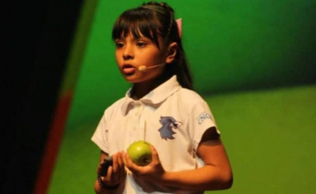 Adhara Pérez, the Mexican child genius with a higher IQ than Einstein