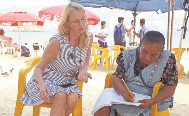 The Swiss woman teaching those in need in Acapulco